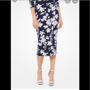 Michael Kors Navy & White Floral Pencil Midi Skirt